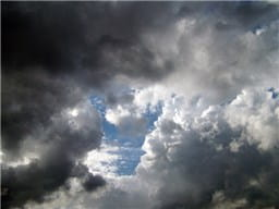 雨雲-min