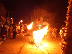 吉田の火祭り2-min