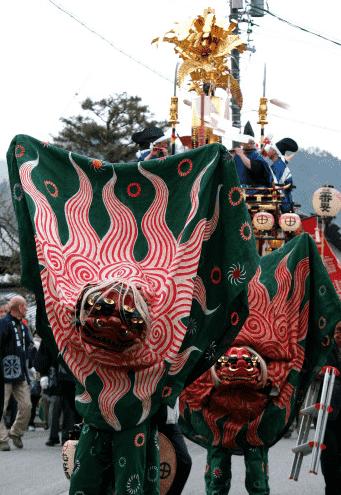 古川祭(獅子舞)-min
