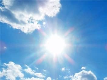 真夏の太陽-min