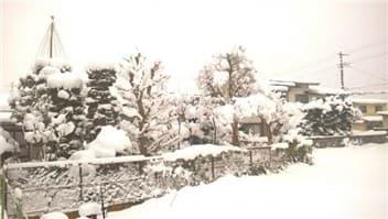 雪国-min