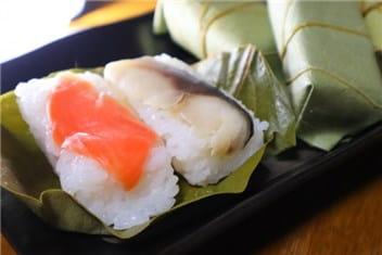柿の葉寿司-min